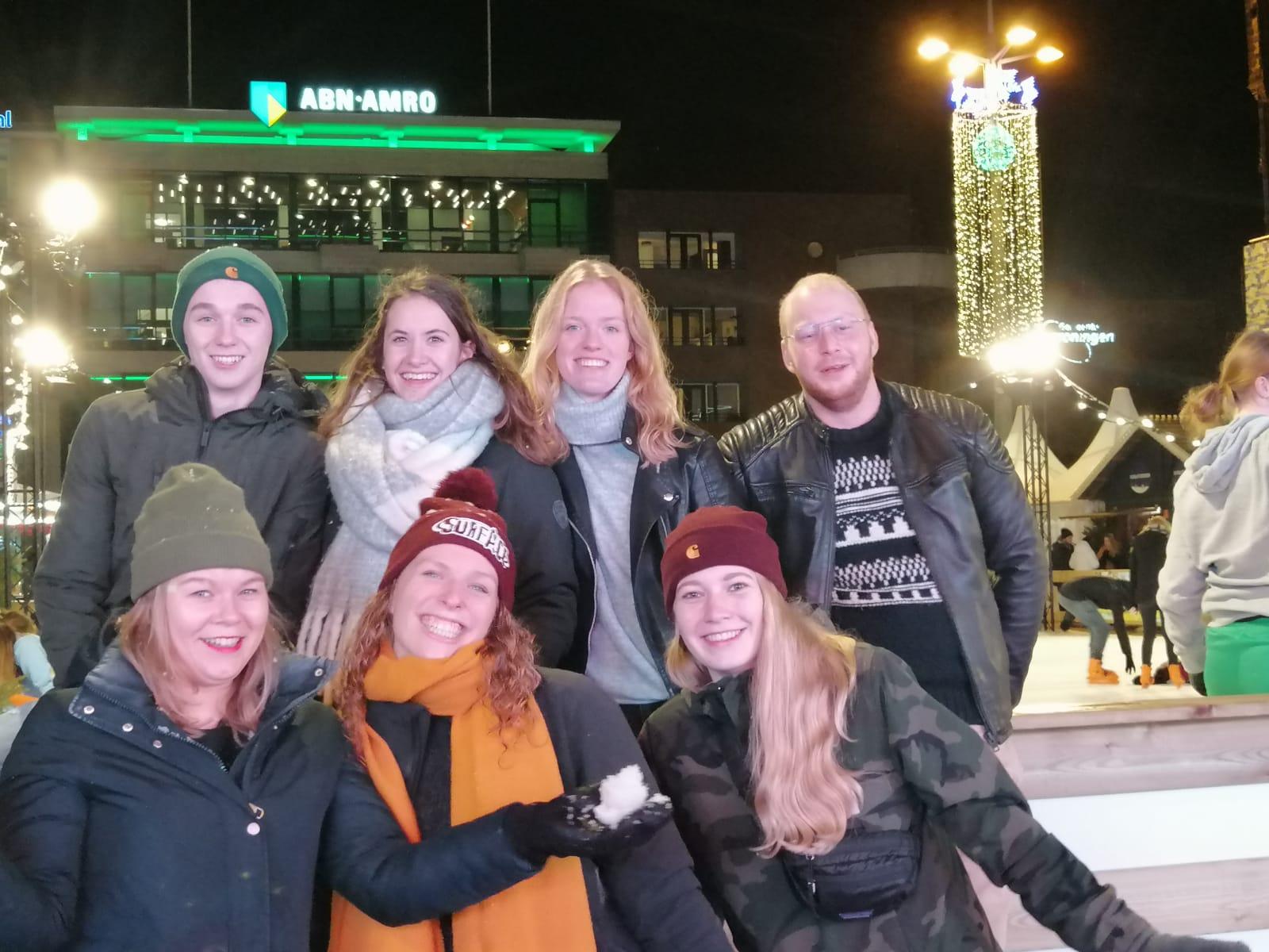 Groepsfoto_wintersportcommissie.jpg